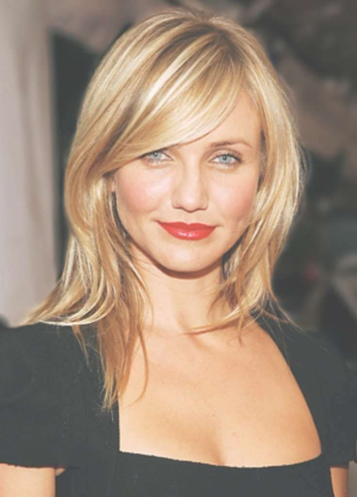 Medium Length Hairstyles With Side Bangs 2020 In 2020 Side Bangs Hairstyles Thick Hair Styles Medium Hair Styles