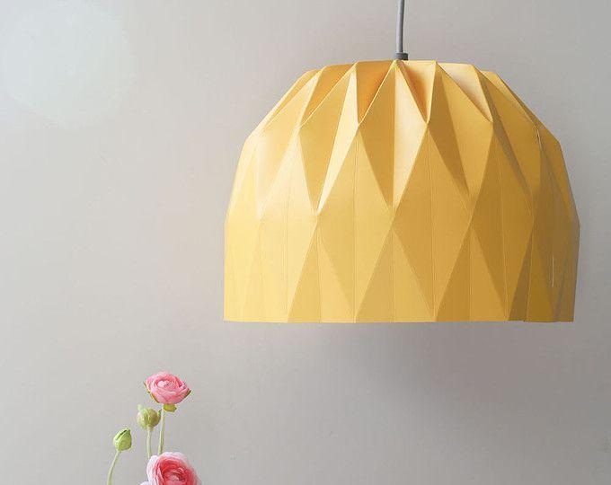 Aangepaste lijst Sian - een gele grote Origami lampenkap