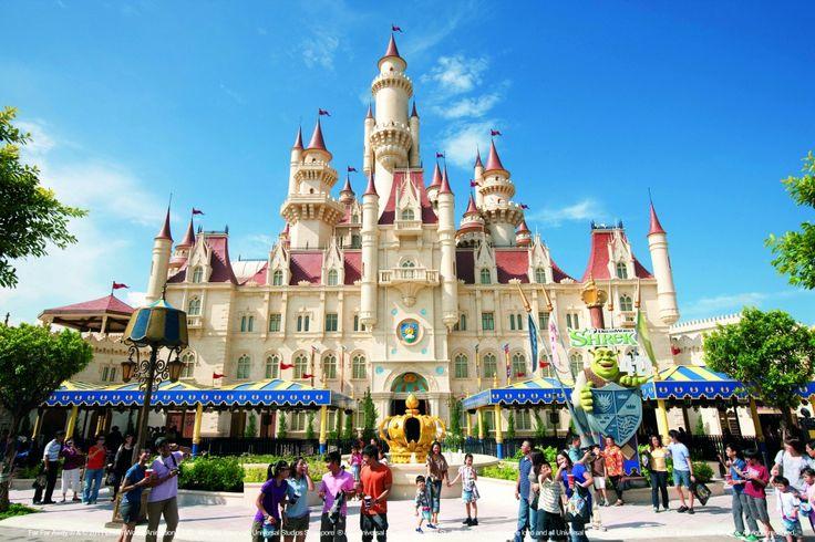 Парк развлечений Universal Studios - именно в нем находится самый высокий в Азии аттракцион «Американские горки»