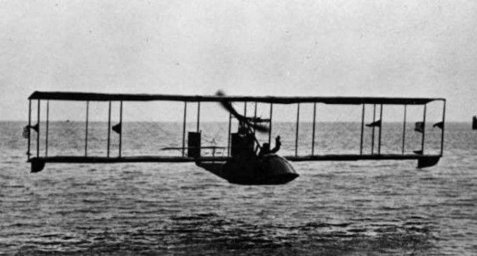 (Video) 100 de ani de aviaţie comercială şi evoluţii