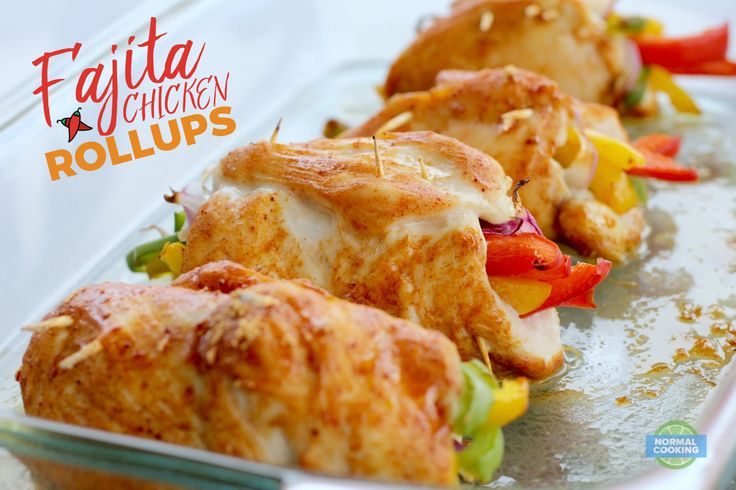 Fajita Chicken Rollups - This delicious meal is less than 300 calories and 5 Weight Watchers Smart Points per serving! We loved this flavorful, colorful dish!