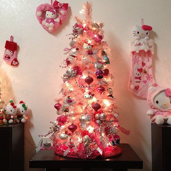 How to Have the Most Hello Kitty Christmas Ever