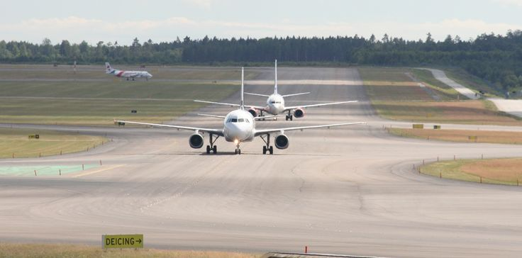 Trafic on Arlanda Airport Sweden | Copyright Alfred Gurp