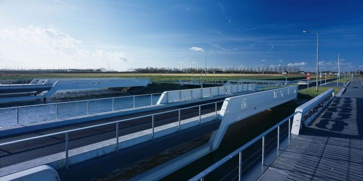 Simone Drost Architecture, Rotterdam, zintuiglijke en duurzame architectuur, Drost en van Veen, Bruggen De President, Hoofddorp