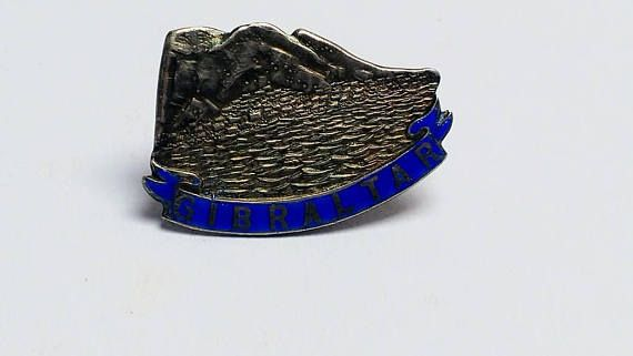 Bekijk dit items in mijn Etsy shop https://www.etsy.com/nl/listing/540959368/antique-silver-gibraltar-blue-enamel