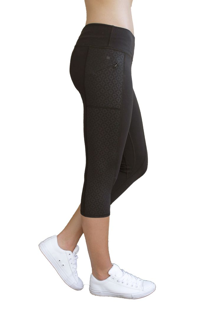 Gianna Capri in Black with Onyx pattern