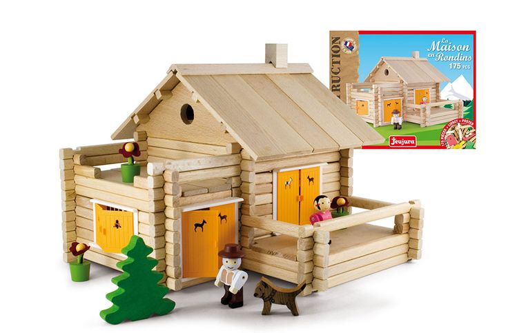 Wooden house play set by JeuJura