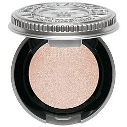 Eye shadow Toasted by Urban Decay. More copper colored than this shows. 70 reviews, 100% would buy again. Universally flattering shade. $17 at Sephora