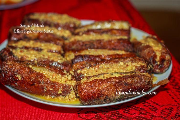 Ini salah satu kuliner khas atau masakan Sulawesi --> Sanggara Balanda (bahasa Bugis) artinya Pisang Goreng Belanda :D. Kok bisa kayak gitu ya namanya? Hihi