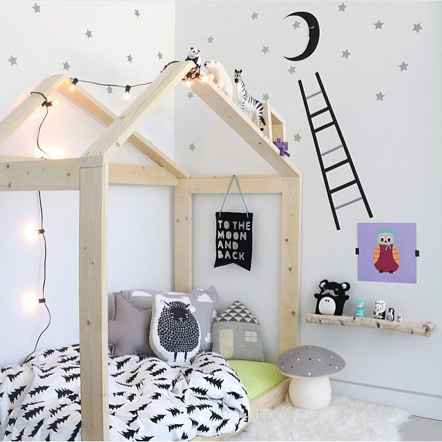 Scandinavian Nursery with house shaped bed frame by www.jujuzozo.com www.pinterest.com/jujuzozokids