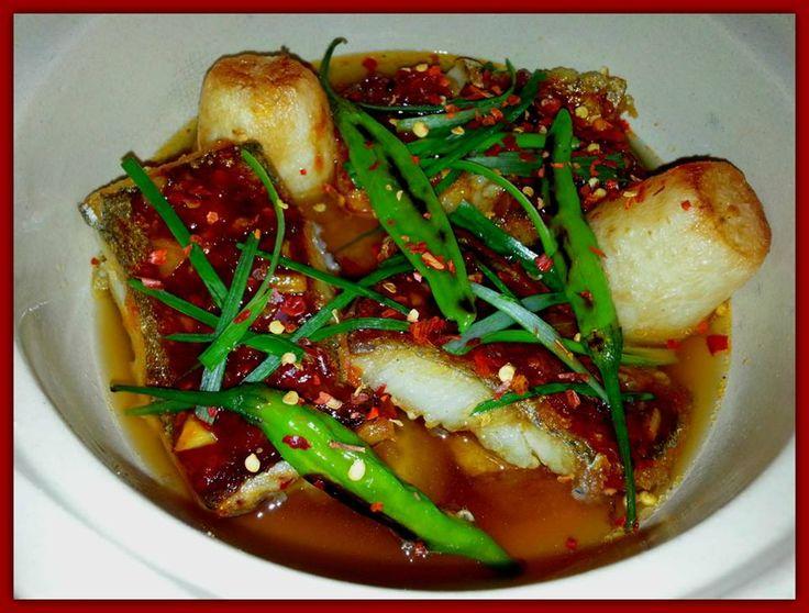 Fish with pimento chili and daikon soup (Korean)