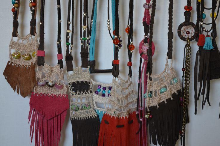 collares, exclusivos, cuero, atrapasueños, crochet, leather, design, sara wiss