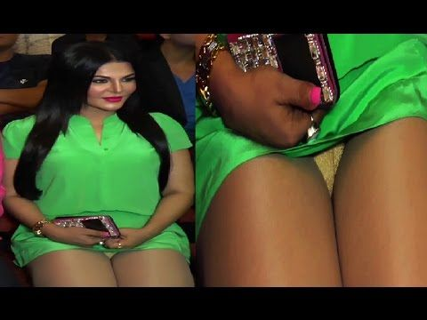 OMG ! Rakhi Sawant's OOPS MOMENT 2017 - (18+Only)