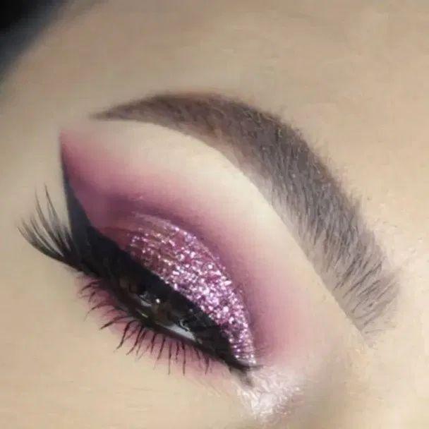 115 easy ways to create glamorous holiday makeup - page 16 ~ myhomeku.com