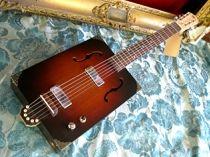 Model:Clydesdale / Daddy Mojo Custom Cigar Box Guitars / ハンドメイド・シガーボックス・ギター