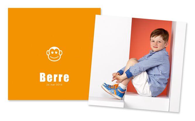 communiekaartje voor jongens, oranje / rood met aap