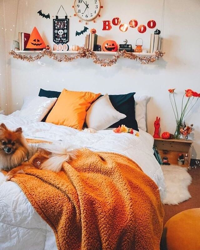 Pin By Blessing On Stuff I Went In My Bedroom Fall Bedroom Decor Fall Bedroom Halloween Bedroom Decor