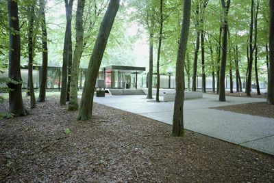 Great museum, the Kroller-Muller museum in The Netherlands in the middle of national park De Hoge Veluwe. And you can bike there!