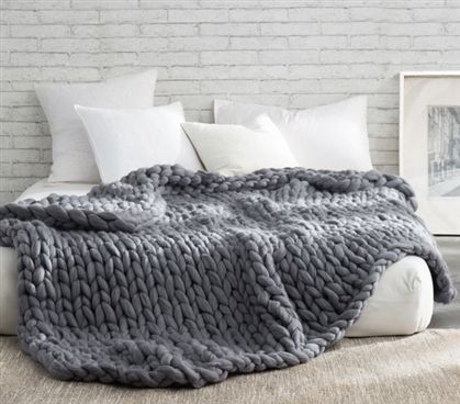 Pure Australian Woolen Blanket – Chunky Knit Oversized Bedding (Alloy)