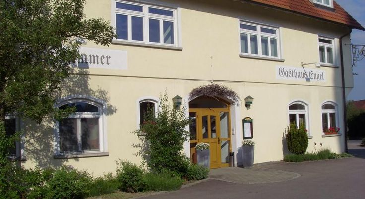 Hotel & Restaurant Engel Herbertingen This traditional hotel is situated alongside the Upper Danube nature park, in the heart of the Swabian town of Herbertingen, 8 kilometres from the spa town of Bad Saulgau.