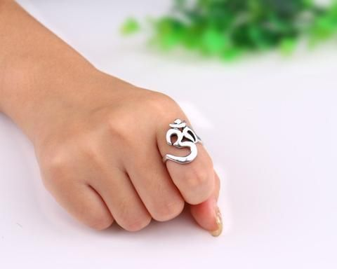 ''CHARMING ONE SIZE FITS ALL METAL AUM (OM) RING'' This Special Symbol Will Bring a Constant Reminder of The Peace and Harmony That Surrounds Us Everyday of Our Lives. https://trendsforallseasons.com/