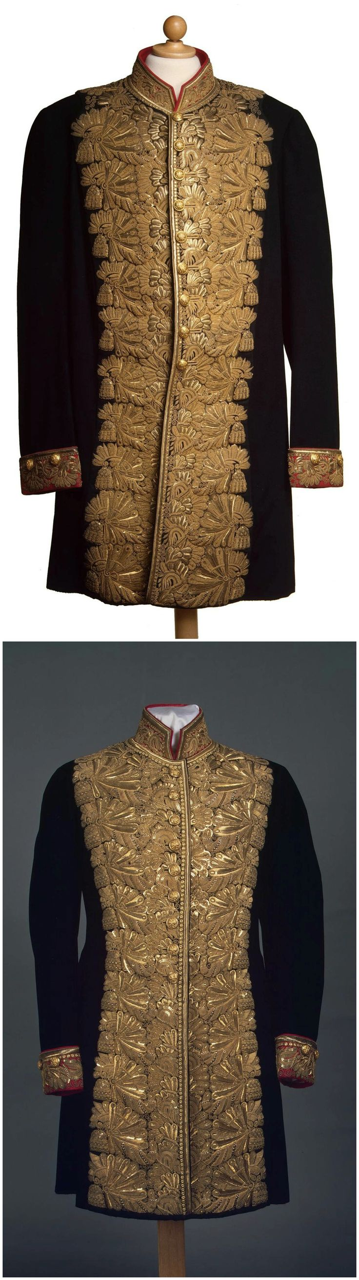 Chamberlain's ceremonial uniforms, St. Petersburg, Russia, late 19th to early 20th century. State Hermitage Museum. CLICK FOR LARGER, HI-RES IMAGES.