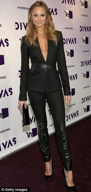 Stacy Keibler in a tight-fitting black ensembleat #VH1 Divas event
