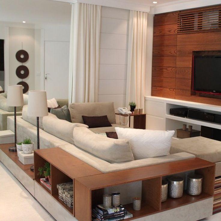"""Sala by @vaianorossetto_arquitetura @micasavolbcasadolado #sofa #salatv #micasa #design #decor #homedecor #archilovers"""