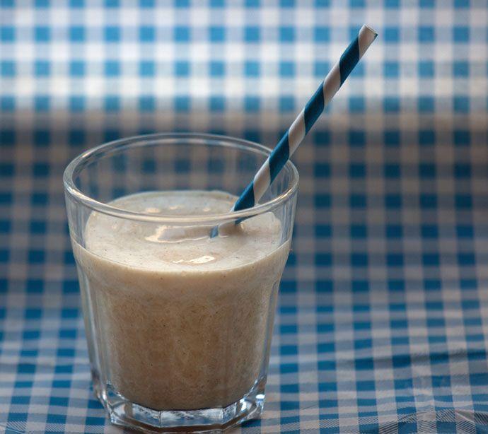 Banan og lakridssmoothie - Opskrift på smoothie med lakrids