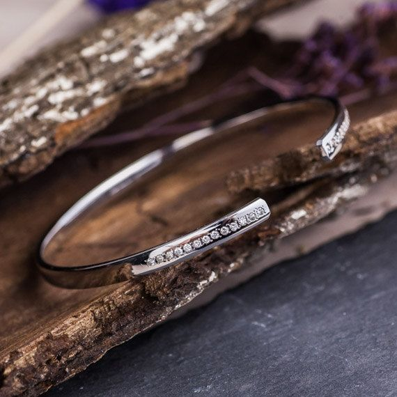 14K White Gold Bracelet set with Natural White by ZEHAVAJEWELRY