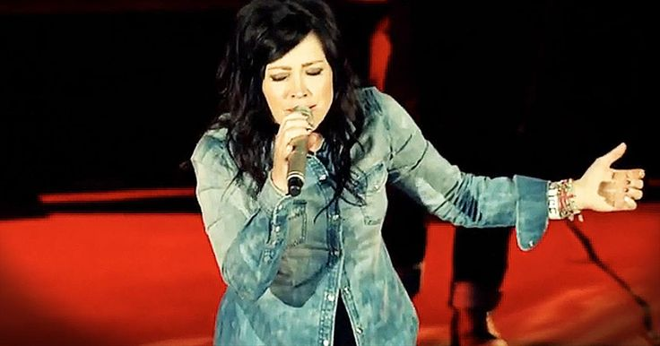 'Revelation Song' - Chris Tomlin And Kari Jobe Perform Brilliant Duet - Music Videos