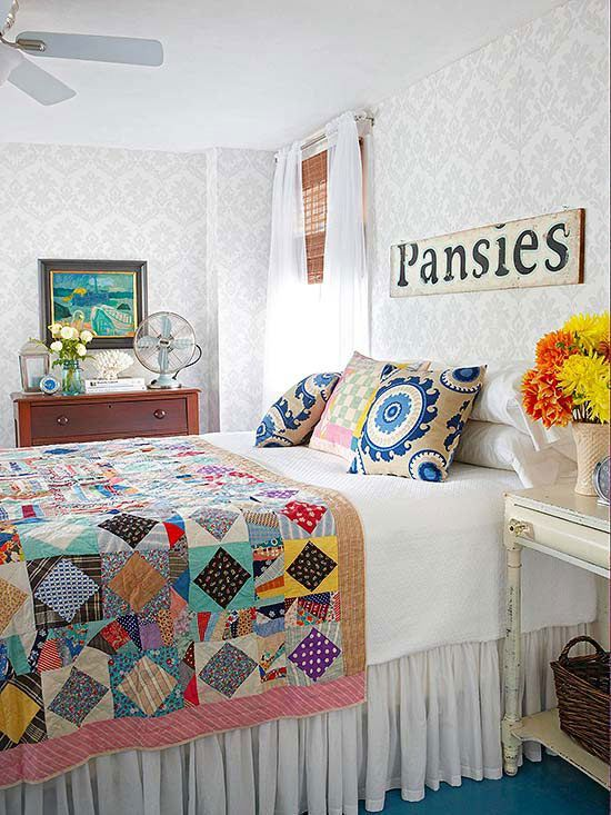 Mixing old and new can be fun! Here's how: http://www.bhg.com/decorating/decorating-style/flea-market/ideas-for-flea-market-finds/?socsrc=bhgpin060215mixoldandnew&page=3