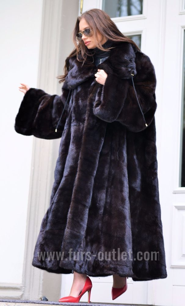 1050 best Mink images on Pinterest | Furs, Mink fur and Fur coats