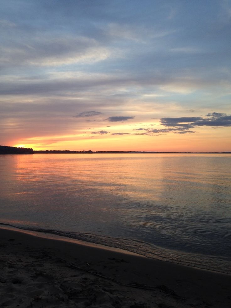 Sunset on Castle Rock Lake Wisconsin BavarianCampsite.com beach