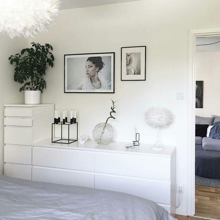 Schlafzimmerdekor-Idee: Kunst über der Kommode. Sind Sie auf der Suche nach …   – Wohnung