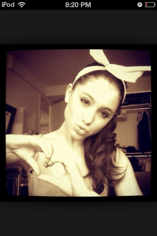 Ariana grade I love her