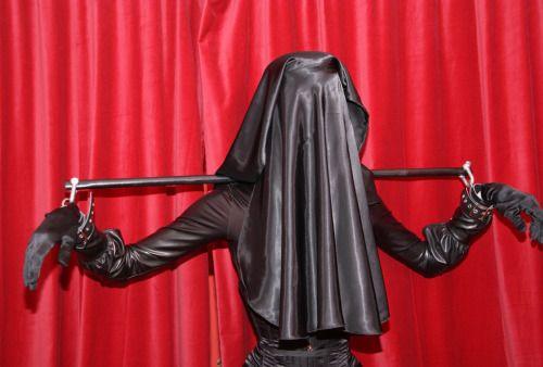 latex burka klappe 69