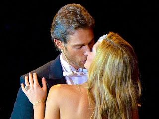 http://www.fotosdetelenovelas.com/2013/07/perfume-de-gardenia-sebastian-rulli-marjorie-de-sousa.html Sebastian Rulli y Marjorie de Sousa en Perfume de Gardenia