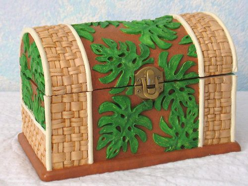 Handpainted Treasure Chest/Jewelry Box, Ceramic, Leaves and Wicker - CalliesCraftCottage