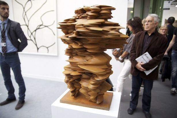 The contemporary art fair took place in Paris in October this year from 24 to 27 people were able to see the best of art nowadays.