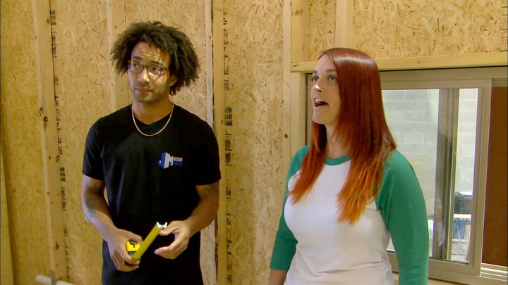 Watch the 172 Sq Ft Dream Castle full episode from Season 1, Episode 1 of FYI's series Tiny House Nation. Get more of your favorite full episodes only on FYI.