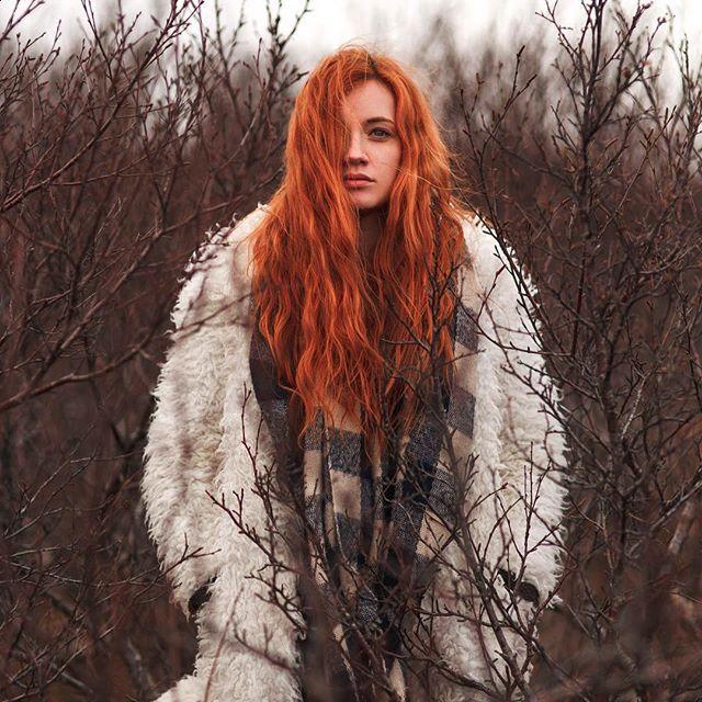 @karolejosefabonnet in witch mode  .  .  .  .  .  #portrait #portraiture #portraitphotography #iceland #redhair #redhead #ginger #redhairdontcare #canon #canon_photos #lookslikefilm #model #redhairmodel #sombrebeings #gingermodel #5d #5dmkiii #vík #portraitmood #travel #travelphotography #roadtrip