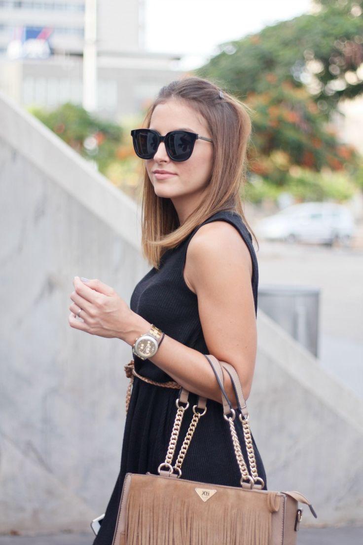 vestido, dress, negro, black, lb., vestido negro, marrón, camel, sandalias de tiras, sandals, strappy heels, summer, verano, boho, boho chic, gafas de sol, sunglasses,