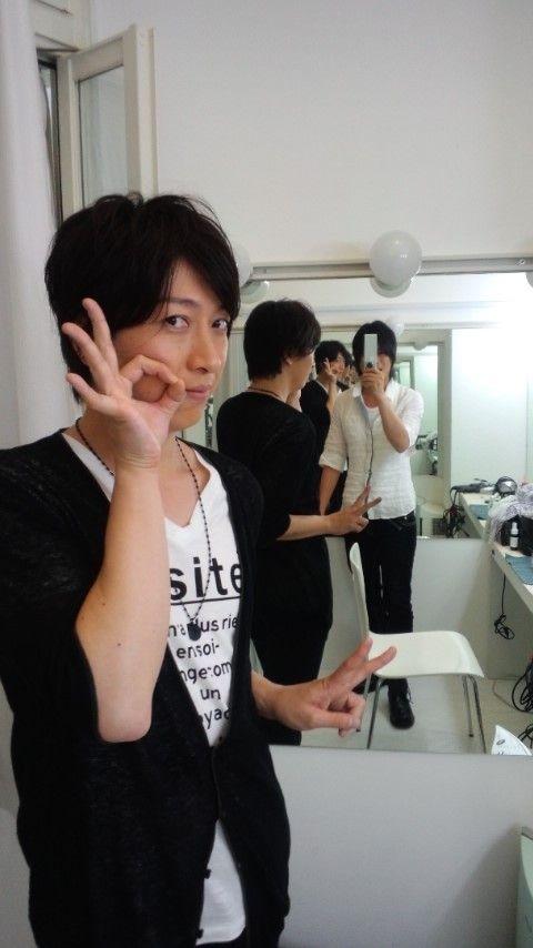NamiDai taking a photo of OnoD!!!!!http:// Ameblo.Jp / Namikawa - DAIS Uke/entry-11277678453.Html # main ...  Pic.Twitter.Com/jL8L0zAz 2012