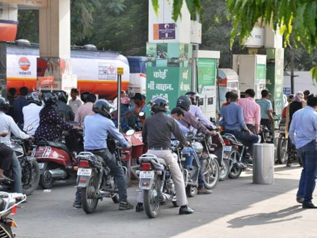 Petrol prices at 3-year high; diesel at record high Petrol was sold at Rs 72.43 per litre in Delhi the highest in three years. It cost Rs 72.51 on August 2014 according to data from Indian Oil Corp. http://ift.tt/2FbF7Ls