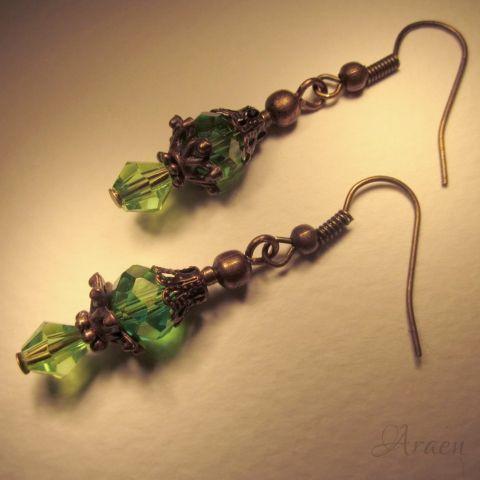 Viktoriánus stílusú zöld kristály fülbevaló - Victorian style green crystal earrings