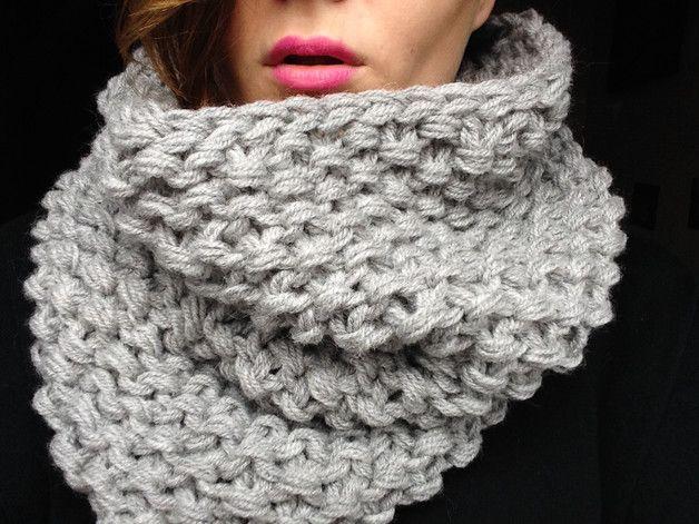 Chunky tube scarf