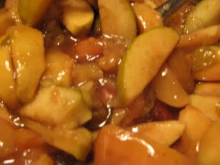 Fake-it frugal's harvest apples in the crock pot