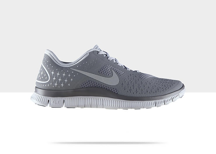 Nike Free 4.0 Running Shoes (Wolf Grey/Reflective Silver/Cool Grey) Need