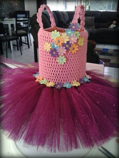 Garden party flower tutu dress. Hand crocheted top in stretch yarn, adjustable sleeve straps, beautiful emroidered flower detail.